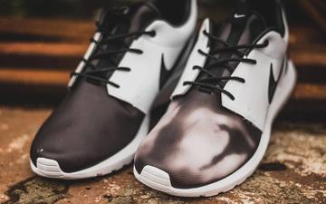 两只脚不同才有趣!Pedro Lourenco x NikeLab Roshe NM黑白渲染设计