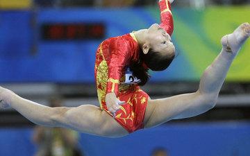 女子体操运动员身材成因大揭秘!背后的巨大代价令人尊敬
