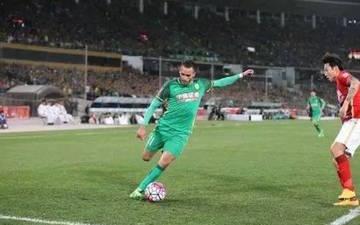 内马尔效仿梅西式逃离 下一任巴西队长花落中超?