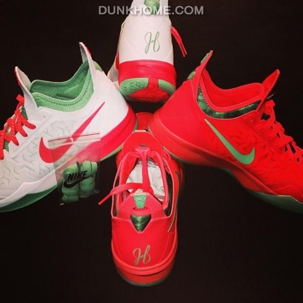 Nike zoom crusader christmas