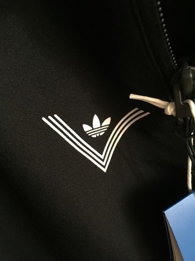 adidasx白山 联名 AZ0204 | 当客|运动装备鉴定